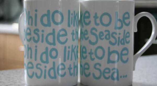 Oh I do like to be beside the seaside mugs