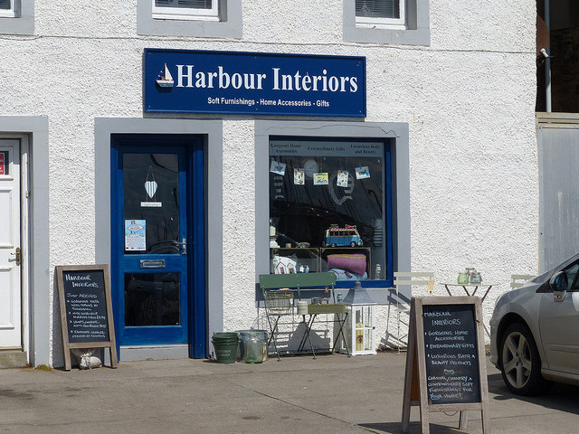 shopping in anstruther
