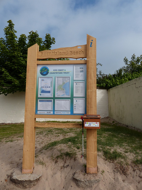 fife coastal path sign board