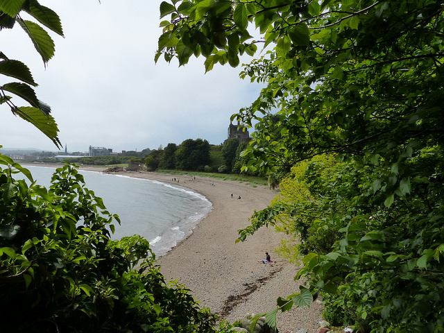 bay by Ravenscraig Castle