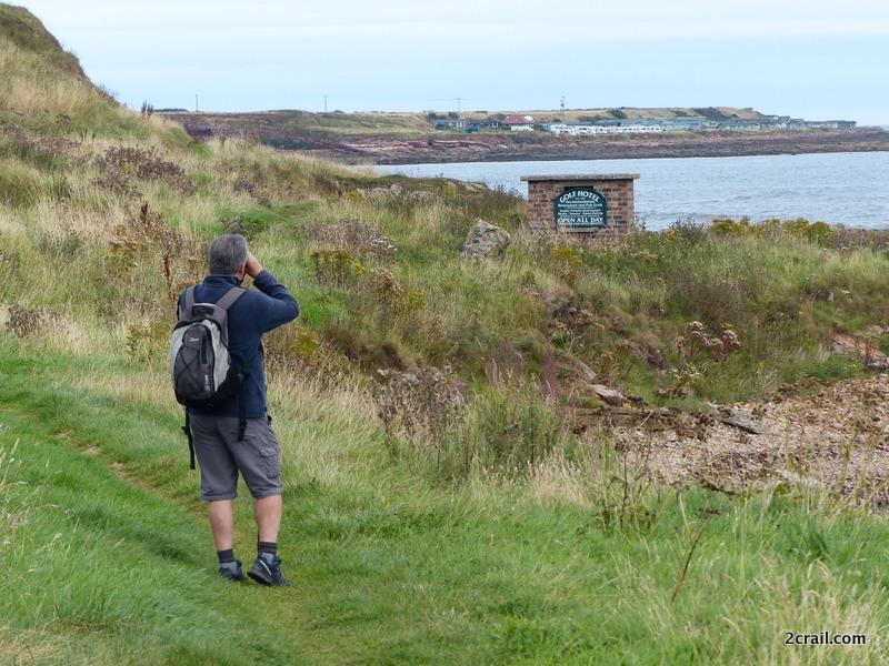 binoculars fife coastal path crail