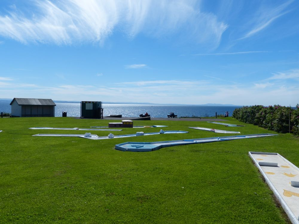 Crazy Golf at Pittenweem