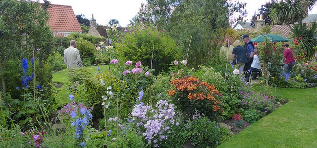 Visiting the Hidden Gardens of Kingsbarns
