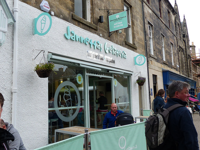 Jannetta's Gelateria St Andrews shop front