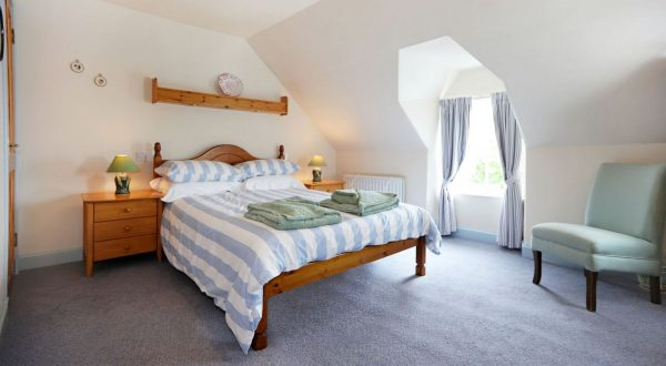 sleep soundly at Sandcastle Cottage