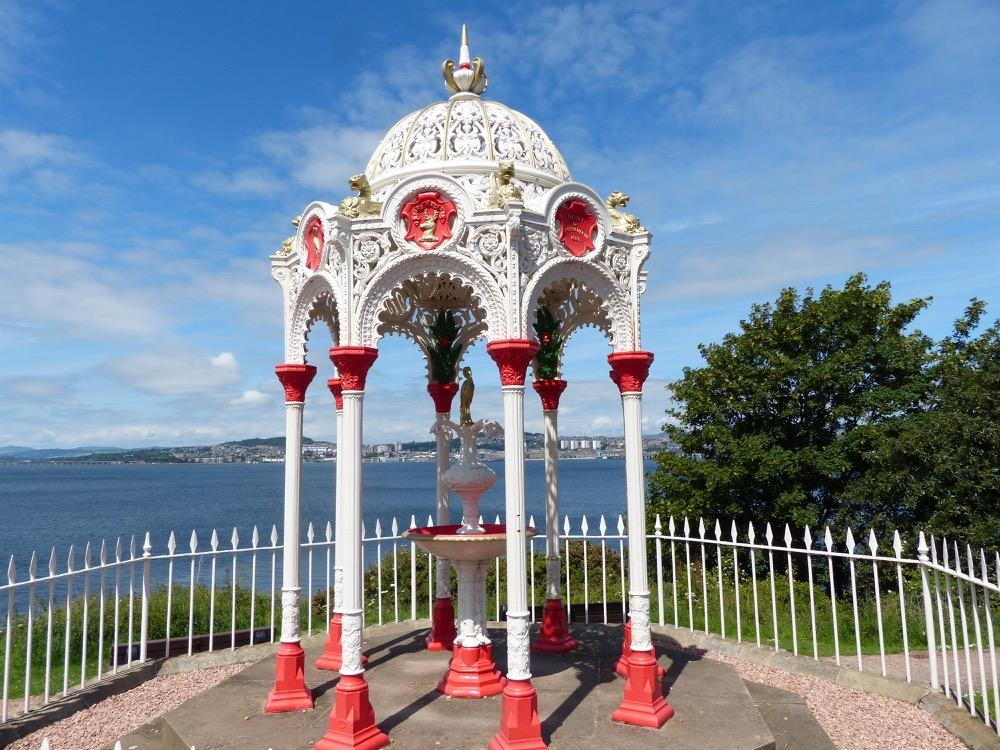 Walk the Fife Coastal Path Tayport to Balmerino
