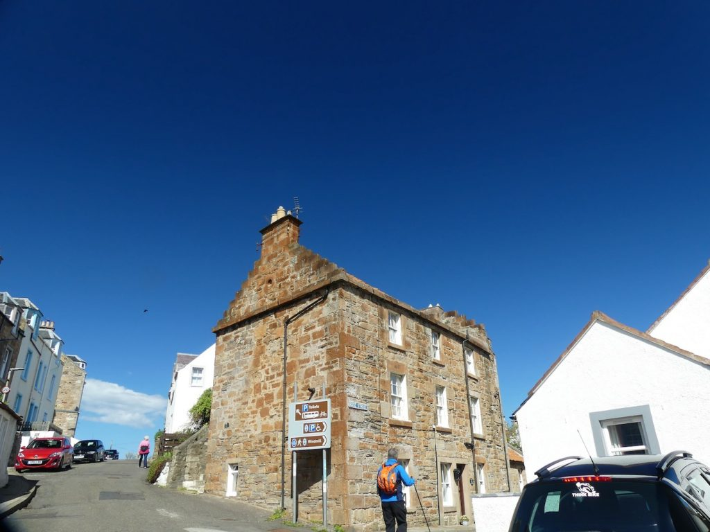 Follow the signs for the Fife Coastal Path from St Monans to Pittenweem